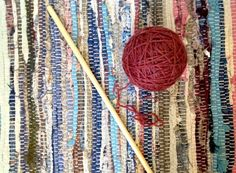 Picture of Slide the rod out of the ball of yarn.