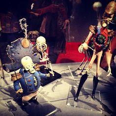 #corpsebride #bonesapart #burtonexpo #burtonuniverse  #timburton #instaweird #instabones ^^ - @gaelle_oopa- #webstagram Tim Burton, Fantasy Films, Film Director, Horror, Artist, Rocky Horror, Amen, Artists