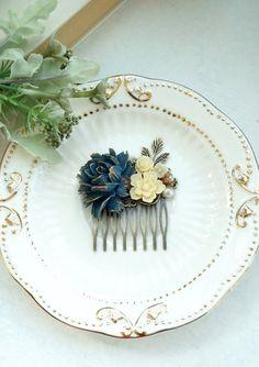 Aegean Blue; Snow White; Bone White; Dusty Gold; Silver; Pearl; Hair Comb