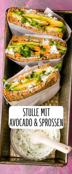Stulle mit Avocado & Sprossen You are in the right place about Sandwiches for kids Here we offer you the most beautiful pictures about the picnic Sandwiches you are looking for. When you examine the Stulle mit Avocado & Sprossen part of the picture you … Chicken Recipes For One, Healthy Chicken Recipes, Vegetarian Recipes, Avocado Toast, Avocado Dessert, Sandwich Vegan, Clean Eating, Sandwiches For Lunch, Avocado