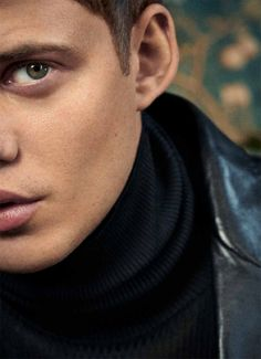 Bill Skarsgard photographed by Michael Schwartz for Icon Magazine Bill Skarsgard Hemlock Grove, Bill Skarsgard Pennywise, Australia Photos, Monologues, Hot Boys, Pretty Boys, Other People, Gorgeous Men, Pop Culture