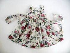 Toddler / Girls Floral Cotton Party Dress with matching Sun Hat and the Perfect Purse!  Size 3-4 One of a Kind