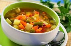 We rounded up 50 healthy, nutritionist-approved snacks under 100 calories to help keep you satisfied between meals. Slow Cooker Vegetable Soup Recipe, Homemade Vegetable Soups, Vegetable Soup Recipes, Slow Cooker Recipes, Cooking Recipes, Veggie Soup, Tomato Vegetable, Sprouts Vegetable, Vegetable Drinks