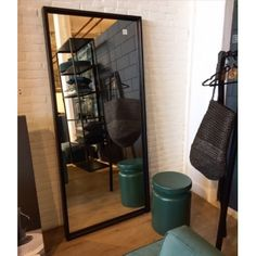 Meer dan 1000 afbeeldingen over home inspiration must haves op pinterest met interieur en - Spiegel industrial metal ...