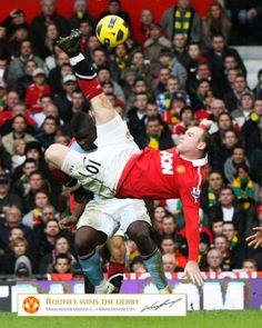Manchester Derby - Rooney goal on bicycle kick style!