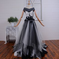New Black and White Gothic Prom Party Gown Quinceanera A Line Tulle Evening Dresses with Ribbons Court Train #Affiliate