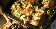 Kräuter-Hähnchen mit Oliven und Lauchzwiebeln ist ein Rezept mit frischen Zutaten aus der Kategorie Hähnchen. Probieren Sie dieses und weitere Rezepte von EAT SMARTER!