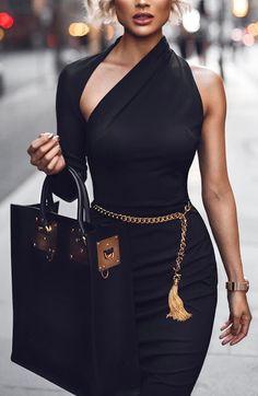 40 Black Dress Saw 100 Years of Women Womens Fashion Casual Womens Fashion Summer Womens Fashion Classy Womens Fashion Curvy Womens Fashion Urban Black Women Fashion, Look Fashion, Girl Fashion, Fashion Dresses, Womens Fashion, Fashion Trends, Classy Fashion, Fashion Ideas, Luxury Fashion