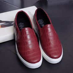 2017 New Spring Low Help Women Shoes Breathable Platform Flat With Loafers Shoe For Female White Red A Pedal Lazy Shoes XP15