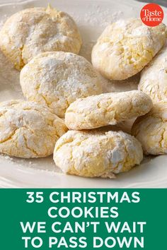 35 Christmas Cookies We Can't Wait to Pass Down - Dessert Recipes Best Christmas Cookies, Xmas Cookies, Christmas Sweets, Christmas Cooking, Yummy Cookies, Cupcake Cookies, Shortbread Cookies, Home Made Cookies Recipe, Jello Cookies