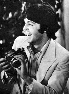 vintage everyday: Beatles with Cameras - heart Paul McCartney