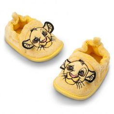 The Lion King Costume Shoes, Simba Lion King Nursery, Lion King Baby Shower, Disney Baby Clothes, Cute Baby Clothes, Babies Clothes, Children Clothes, Little Babies, Cute Babies, Baby Kids