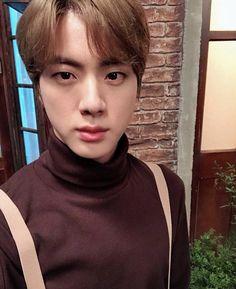 Jin 🐑 muster in busan Jimin, Vlive Bts, Jungkook Jeon, Bts Bangtan Boy, Jhope, Bts Boys, Seokjin, Namjoon, Taehyung