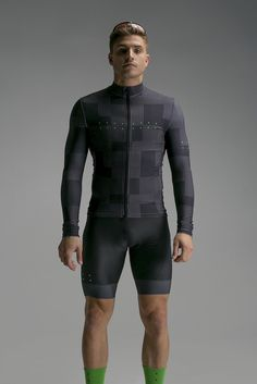 "Pedla Aerial Thermal Jacket //s: ""Sheet Metal Jersey"" Cycling Wear, Bike Wear, Cycling Jerseys, Cycling Bikes, Cycling Outfit, Thermal Jacket, Lycra Men, Sport Outfit, Ironman"