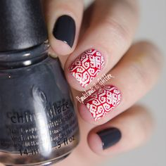handstands & glitter: [Lieblingsbuntes] China Glaze - Out Like A Light mit Doppel-Stamping-Akzent