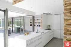 Quooker Fusion Square met zeeppomp in een moderne keuken.