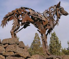 Old Farm Equipment And Scrap Metal Turned Into Stunning Sculptures - Artist creates incredible sculptures welding together old farming equipment