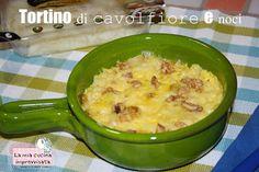 Tortino di cavolfiore veloce al microonde http://lamiacucinaimprovvisata.blogspot.it/2013/09/tortino-di-cavolfiore-e-noci.html