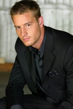 Ohh Justin Hartley. Love seeing him on Emily Owens now.