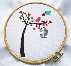 Counted cross stitch pattern, Instant Download, Free shipping, Cross-Stitch PDF, Bird on tree