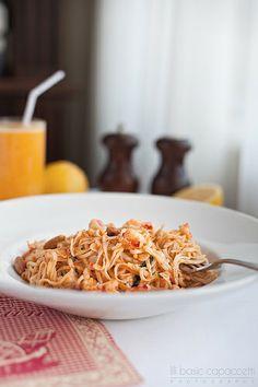 Tagliolini pasta with shrimps, almonds and lemon I