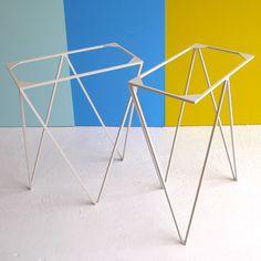 Image of Zigzag trestle legs in paper white