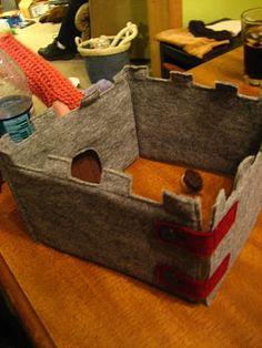 Kira's Crafty Life Blog: Handmade Christmas: Rayne's Felt Castle