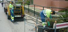 MOTRIL. Los 10.253 imbornales de la Costa Tropical se han limpiado varias veces a lo largo de este año y se han extraído 133.530 litros de residuos.