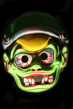 crazy Ed Roth character - vintage retro plastic Halloween mask Halloween Candy Apples, Retro Halloween, Halloween Items, Halloween Masks, Halloween Crafts, Happy Halloween, Halloween Decorations, Halloween Rules, Home