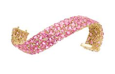 Laura Munder 18k yellow gold bracelet, set with pink sapphires