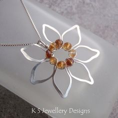 Wire Jewelry Tutorial - JEWELLED FLOWERS (4 variations) - Step by Step Wire Wrapping Wirework Instructions. $5.00, via Etsy. #jewelrymaking