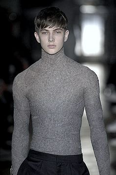 Men's Fashion Look Fashion, Mens Fashion, Fashion Ideas, The Machine Stops, Handsome Boys, Male Models, Men Sweater, Turtle Neck, Style Inspiration