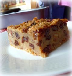 Old Time Bread Pudding is part of English bread pudding Sorry I haven& been around for a couple of days I have had the mother of all colds and it was so bad that I ended up in bed - Baking Recipes, Cake Recipes, Dessert Recipes, Bread Pudding Recipes, Porridge Recipes, Instant Pudding, Bread And Butter Pudding, English Bread Pudding Recipe, Jamaican Bread Pudding Recipe