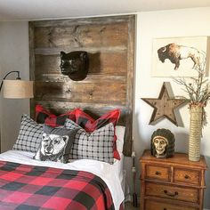 Fantastic Rustic Cabin Bedroom Decorating Ideas - Page 28 of 41 - Actaeon Decor Chambre Nolan, Plaid Bedroom, Kids Bedroom, Bedroom Decor, Cozy Bedroom, Boys Bedroom Ideas 8 Year Old, Lodge Bedroom, Farm Bedroom, Pretty Bedroom