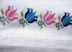 This Pin was discovered by Ayş Biscornu Cross Stitch, Cross Stitch Borders, Cross Stitch Flowers, Cross Stitch Patterns, Pearl Embroidery, Hand Embroidery Flowers, Cross Stitch Embroidery, Loom Patterns, Machine Embroidery Designs