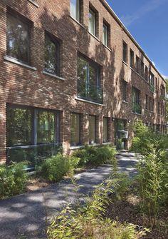 tips landscape design Home Architecture Styles, Public Architecture, Green Architecture, Residential Architecture, Landscape Architecture, Landscape Design, Arch House, Architecture Visualization, Building Facade