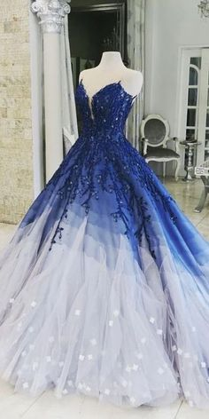 This is a sleeveless tulle long ball gown prom dress with appliques. Silhouette:Ball Gown Neckline:Scoop Hemline/Train:Sweep/Brush Train Sleeve Length:Sleeveless Embellishment:Appliques Back Details:Zipper Fabric:Tulle Source by cathyprom_offical ball Prom Dress Black, Big Prom Dresses, Quince Dresses, Quinceanera Dresses, Pretty Dresses, Beautiful Dresses, Beautiful Guys, Quinceanera Party, Pageant Dresses
