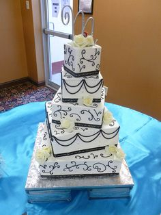 Cakes by Crystal