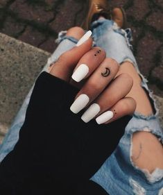Simple Acrylic Nails, Summer Acrylic Nails, Best Acrylic Nails, Acrylic Nail Designs, Tiny Tattoos For Girls, Hand Tattoos For Women, Small Tattoos, Small Tattoo Quotes, Tattoo Women