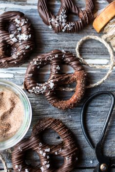 Chocolate Covered Cinnamon Sugar Pretzels | halfbakedharvest.com @hbharvest - yummy but really watch the time (KH)