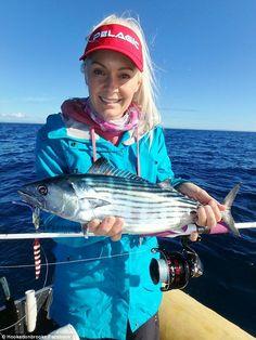 O ex-modelo Brooke Frecklington, que foi coroado Penthouse Pet do Ano em 2004, é tão apaixonado por pesca que ela espera ganhar a vida hospedando sua própria pesca show