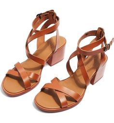 a873793c2c18 Main Image - Topshop Dizzy Strappy Sandal (Women)