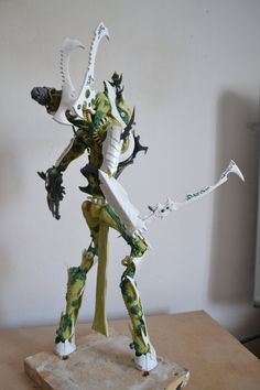 Scratchbuilt Dark Eldar Titan.