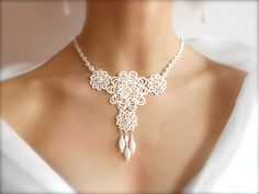 Ivory tatted lace necklace wedding bridal floral
