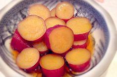板前歴23年のgatugatuさんが本格料理が驚くほど簡単に作れてしまうレシピを伝授してくださる無料メルマガ『独身男性が自分で作る簡単! 腹いっぱい! ガッツリレシピ』。「独身男性」と銘打っているものの、もちろん女性の皆 … 続きを読む: 煮物なのに出し汁を使わない。意外で簡単な「さつま芋甘煮」の作り方