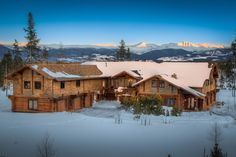 This luxurious modern-day log cabin set in Tabernash, Colorado has unrivaled views of snow-capped mountains and the never ending blue sky!