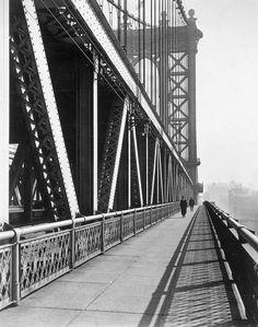 Manhattan Bridge, by Berenice Abbott 1936