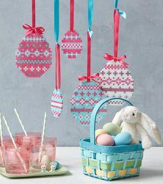 Osterdeko aus Bügelperlen – Original craft projects and free templates for figures - Easter Eggs Day Easter Projects, Craft Projects For Kids, Easter Crafts For Kids, Diy Projects, Hama Beads Design, Hama Beads Patterns, Beading Patterns, Perler Bead Art, Perler Beads