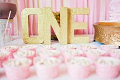 Sweet pink and gold first birthday party fit for a princess! Sweet pink and gold first birthday party fit for a princess! Gold First Birthday, 1st Birthday Girls, Birthday Bash, First Birthday Parties, First Birthdays, Birthday Ideas, Ballerina Birthday, Gold Party, Princess Party