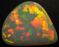 Opal 23cts honeycomb pattern (rare) / Ethiopia